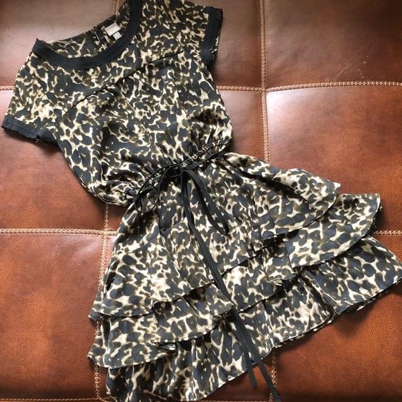 Converse Dresses & Skirts - Converse Leopard Print Short Sleeve Skater Dress